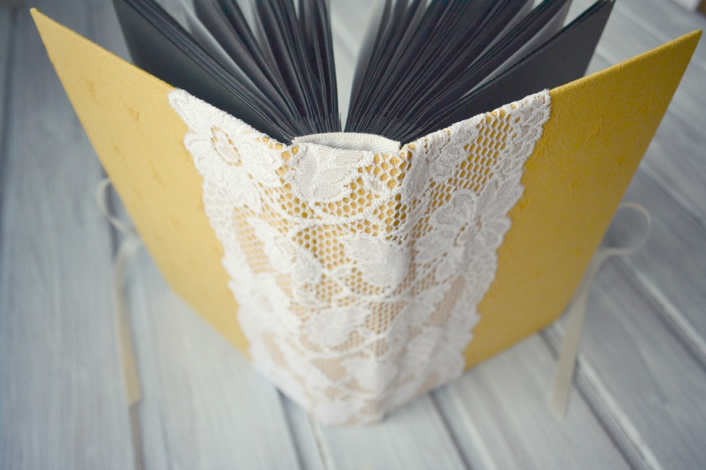 album handmade pagini negre3.JPG