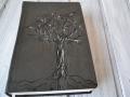 biblie piele copac1.JPG