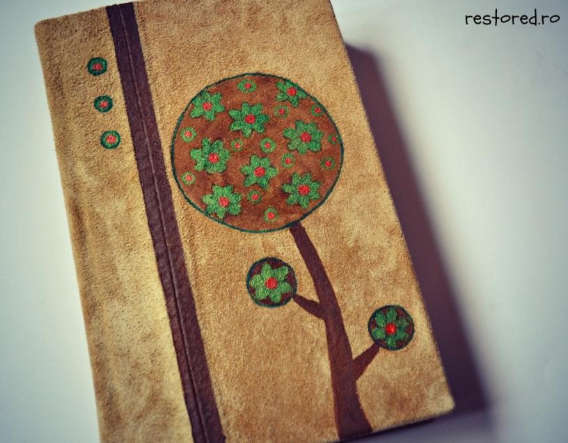 biblie-piele-copac-cu-flori1