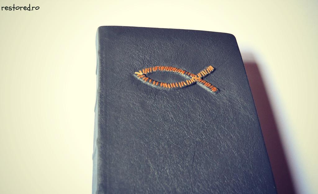 biblie-handmade-de-piele7