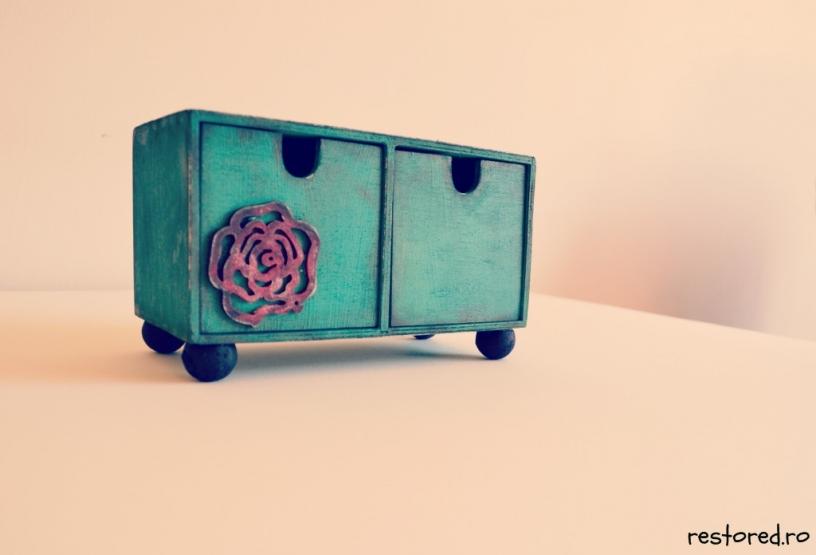 cutie-handmade-de-lemn