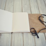 jurnal handmade piele - mare  valuri barca1